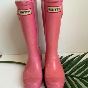 Hunter rain boots in pink